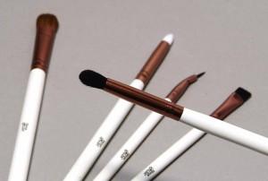 Nima Brush 5 Piece Elite Eye Detail collection crease