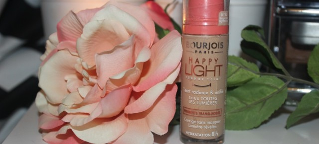 REVIEW: Bourjois Happy Light Foundation