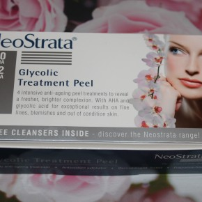 REVIEW: NeoStrata Glycolic Treatment Peel