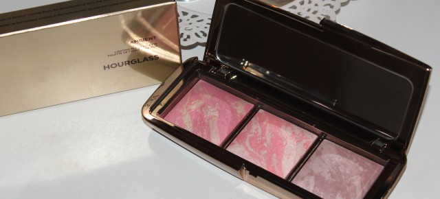 Review & Swatches: Hourglass Ambient Lighting Blush Palette
