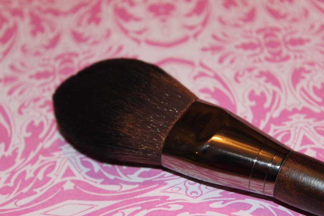 Haul MUFE powder brush