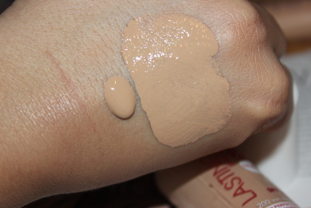 Rimmel foundation lasting finish nude swatch