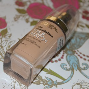 REVIEW: L'Oreal True Match Liquid Foundation