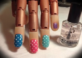 Nail Art Tutorial: Colourful Polka Dots
