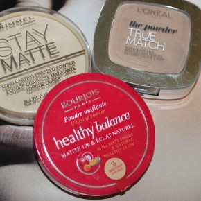 "Anita's Picks: Top Three ""Drugstore"" Powders"