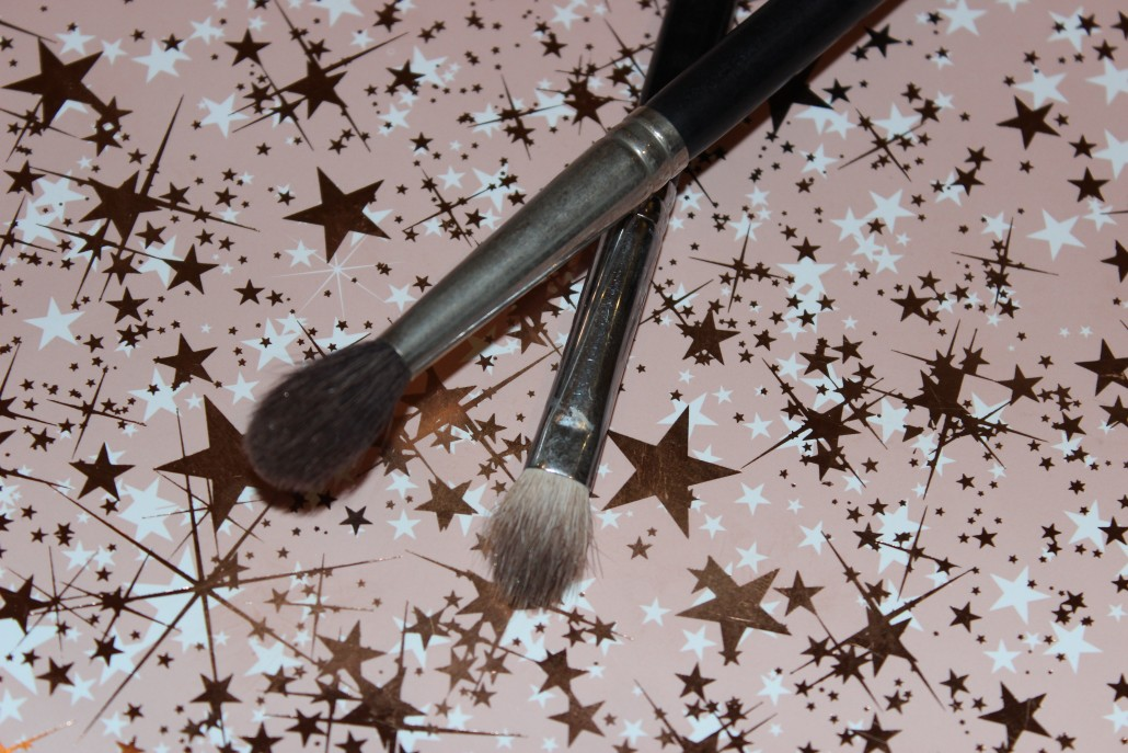 Top 10 Essential Makeup Brush Blending eyeshadow brushes