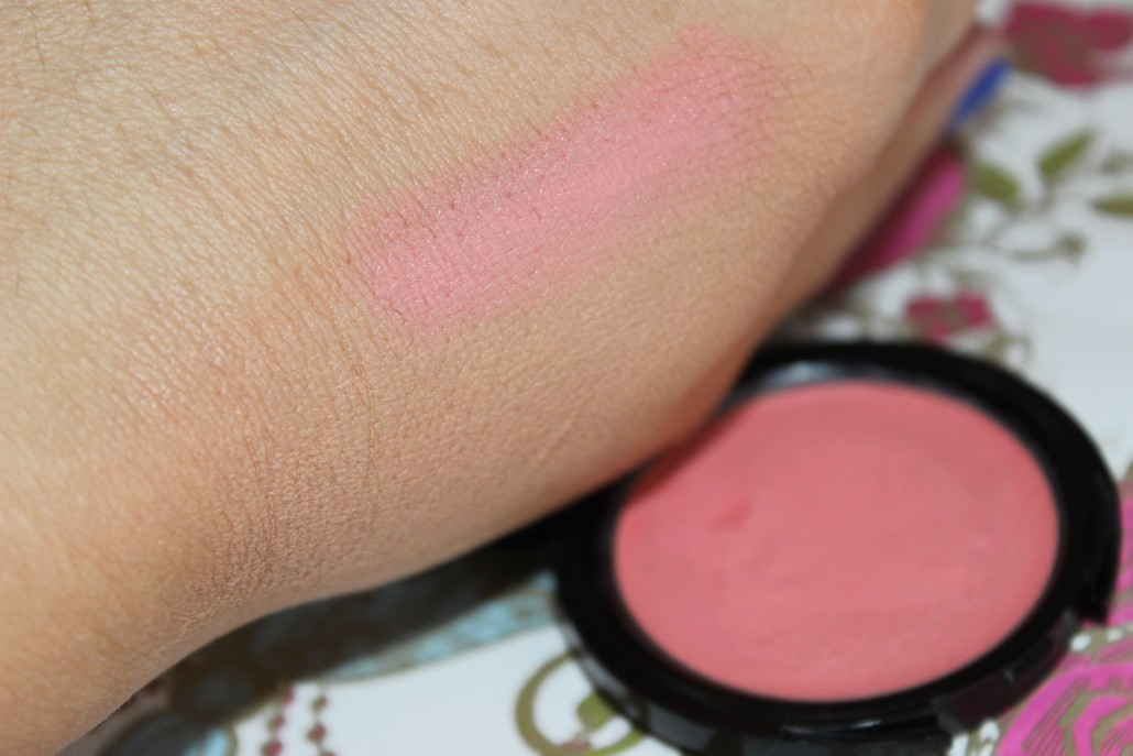 July 2015 Favourites makeup Forever HD blush 215 swatch