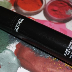 REVIEW: Mac Prep+Prime Natural Radiance Base Lumiere